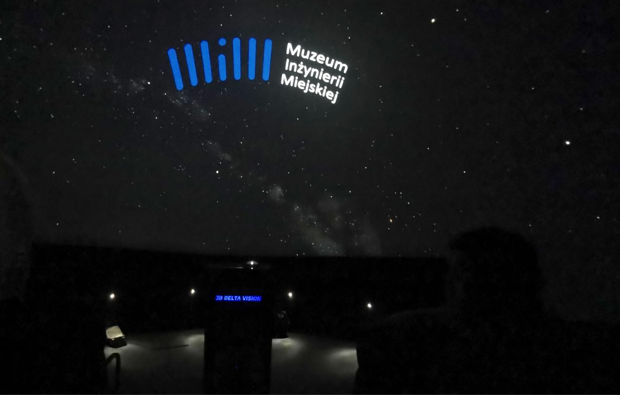planetarium laserowe delta